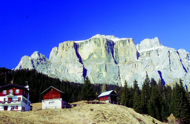 italienische alpen ein bergparadies ferienhaus alpen. Black Bedroom Furniture Sets. Home Design Ideas